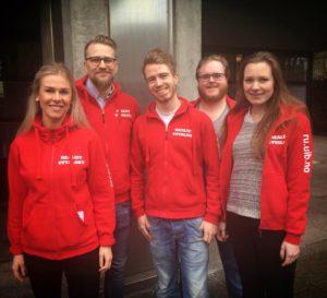 Gratulerer til det nye medlemmet. Frå venstre: Tora Skarvatun (leiar), Didrik Sæther (medlem og IT-ekspert), Håkon Gimse (ny), Stein Skoglund Skåtøy (økonomiansvarleg) og Natalie Johnsen (nestleiar)